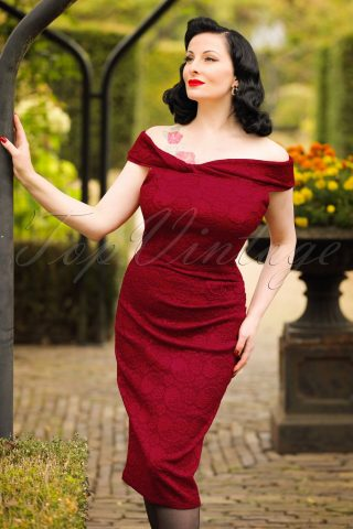 50s Maisie Jacquard Pencil Dress in Burgundy Red