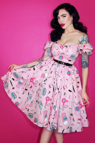 TopVintage exclusive ~ 50s Vixen Hair And Make Up Swing Dress in Pink